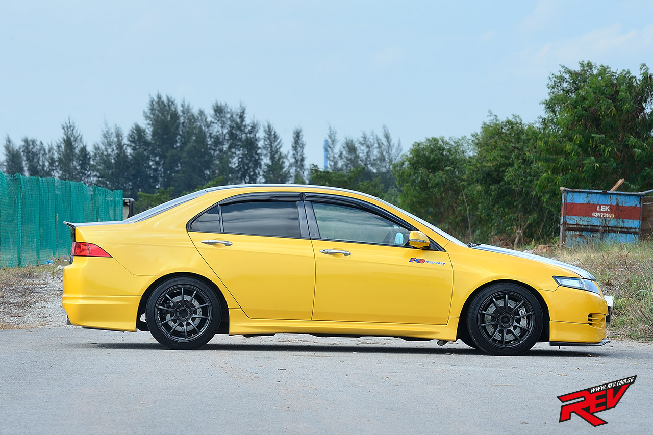Yellow Envy Honda Accord Euro R