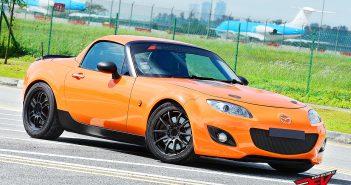 Topless Happiness (Mazda MX-5)