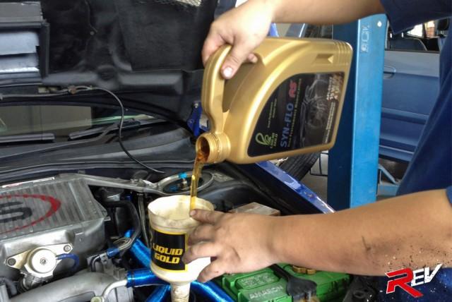 Liquid Gold SYN-FLO RS 15W-50 Engine Oil