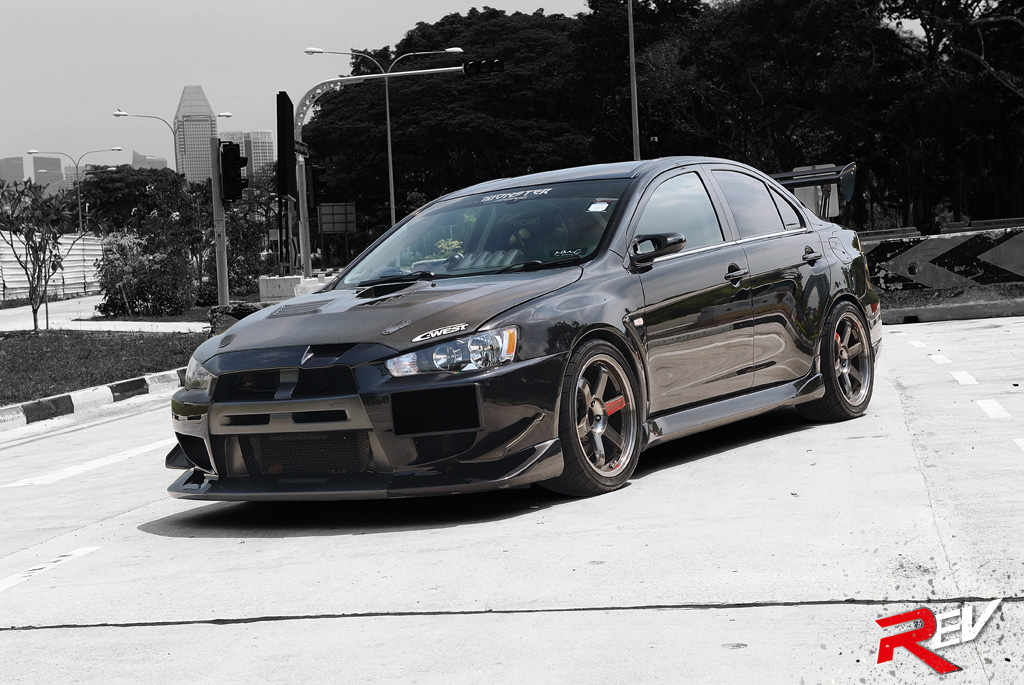 Welcome To The Dark Side Mitsubishi Lancer Evolution X